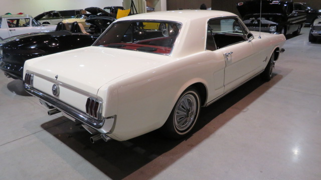 15th Image of a 1966 FORD MUSTANG