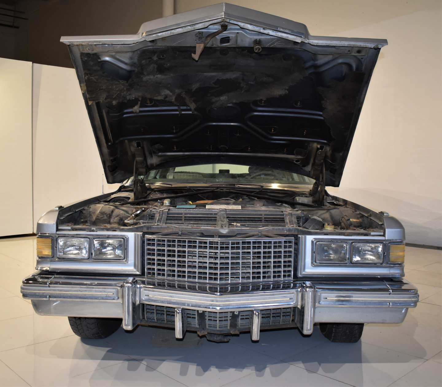 7th Image of a 1976 CADILLAC BROUGHAM