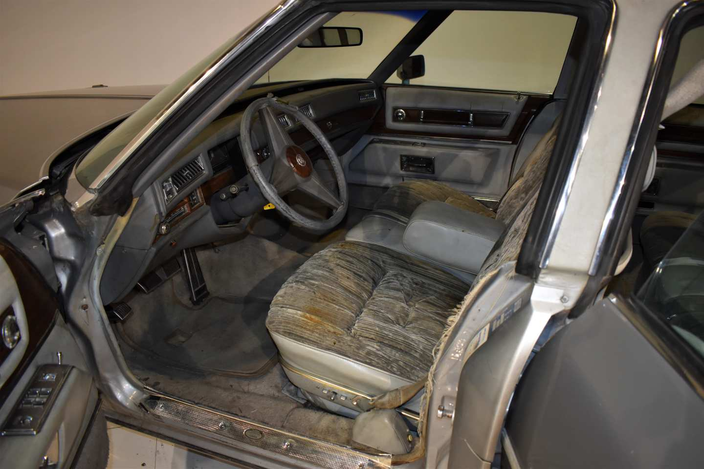 10th Image of a 1976 CADILLAC BROUGHAM