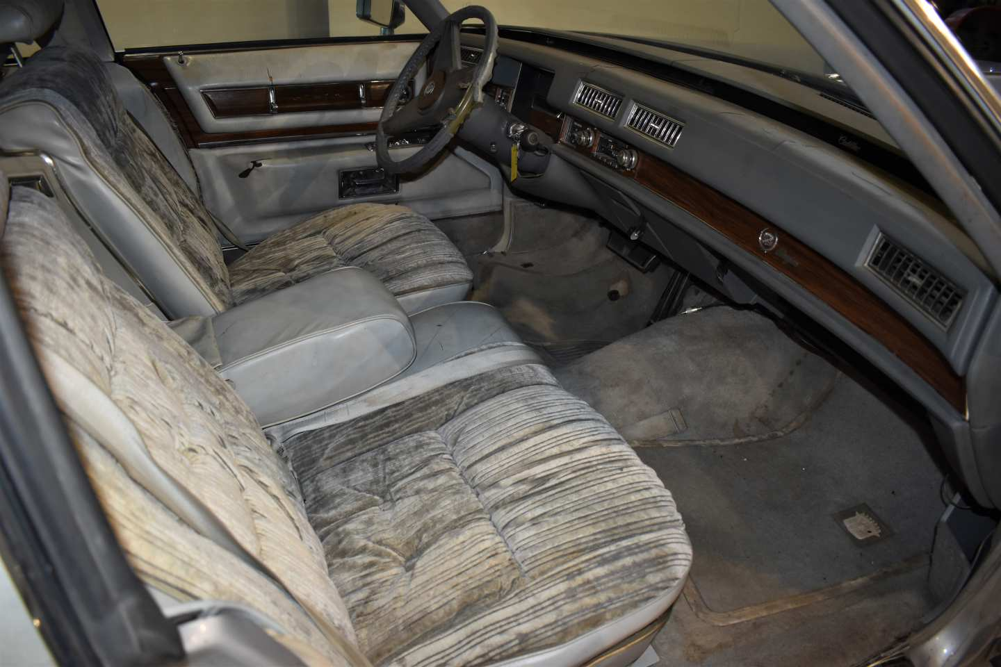 15th Image of a 1976 CADILLAC BROUGHAM