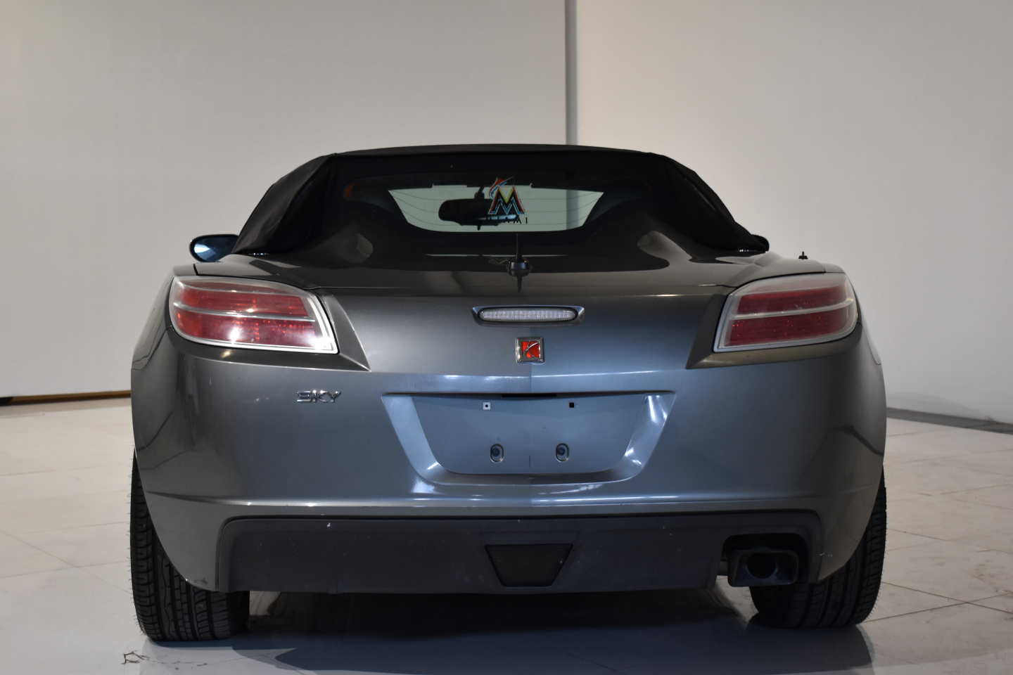 2nd Image of a 2007 SATURN SKY
