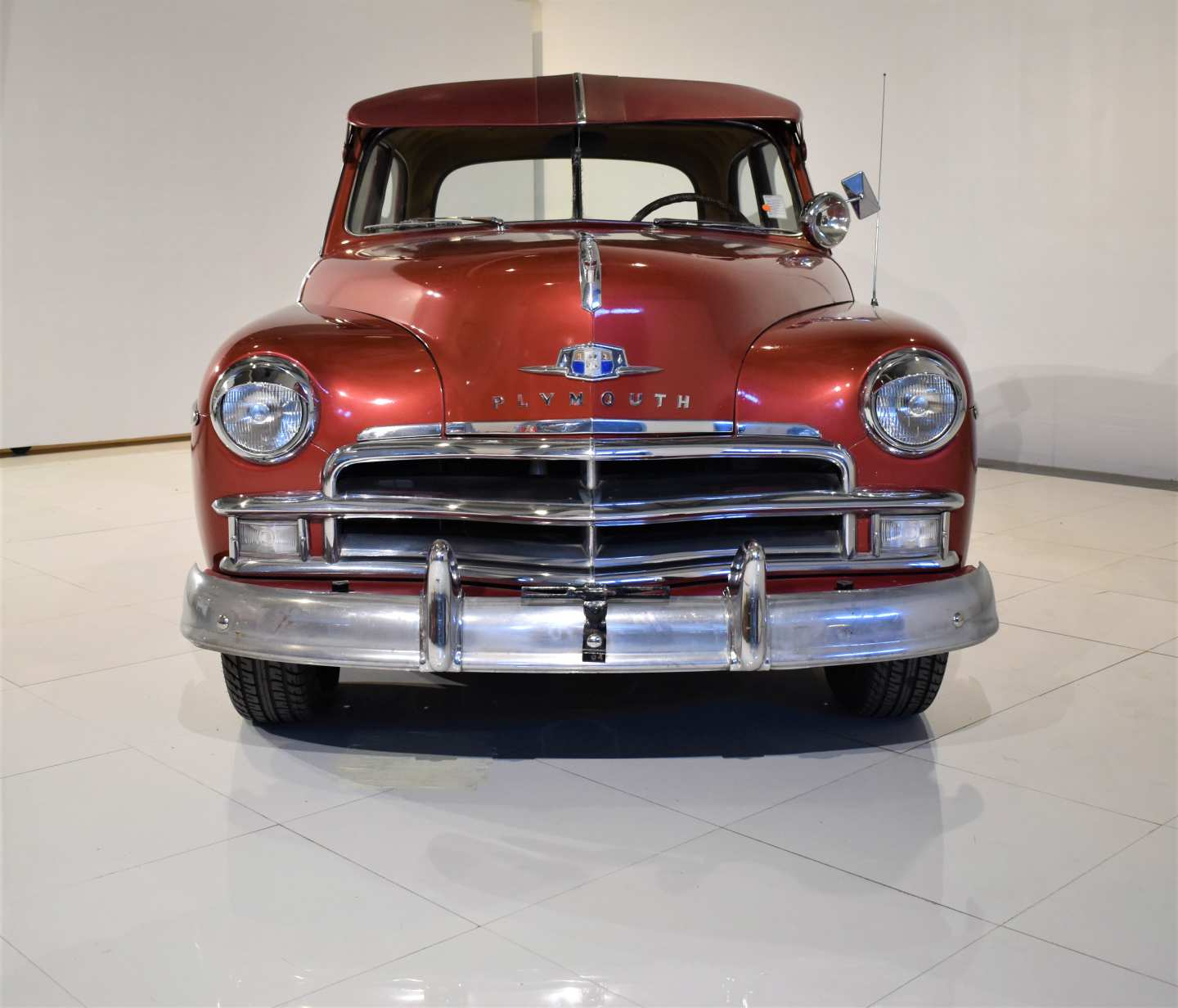 5th Image of a 1950 PLYMOUTH DELUXE