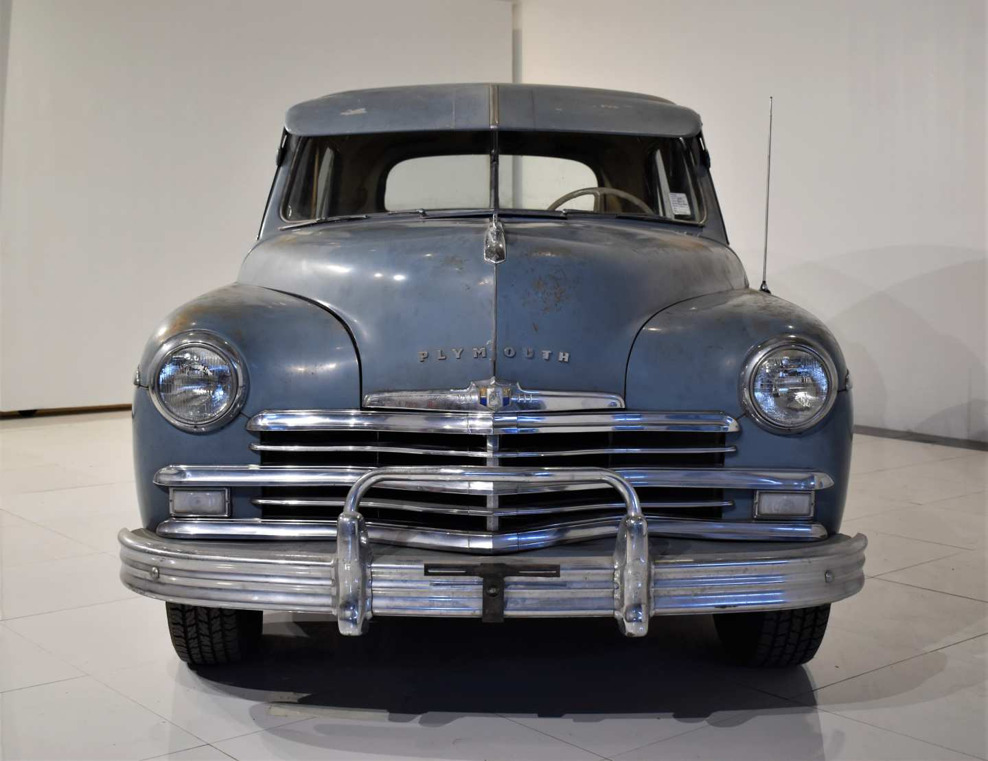2nd Image of a 1949 PLYMOUTH SPECIAL