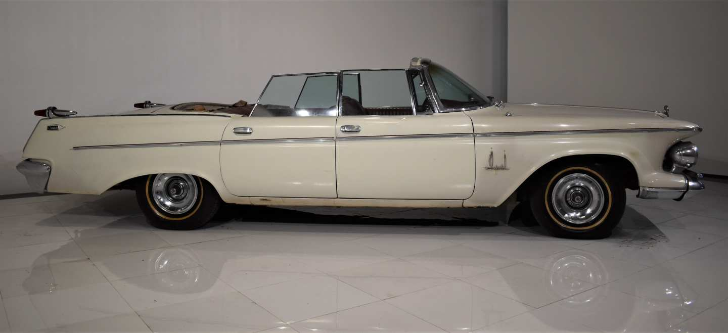 2nd Image of a 1962 CHRYSLER IMPERIAL