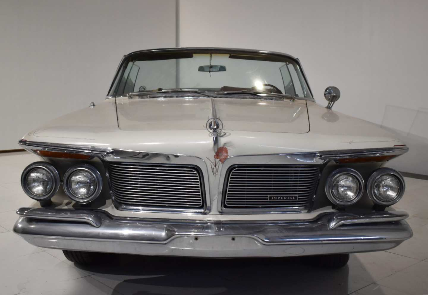 4th Image of a 1962 CHRYSLER IMPERIAL