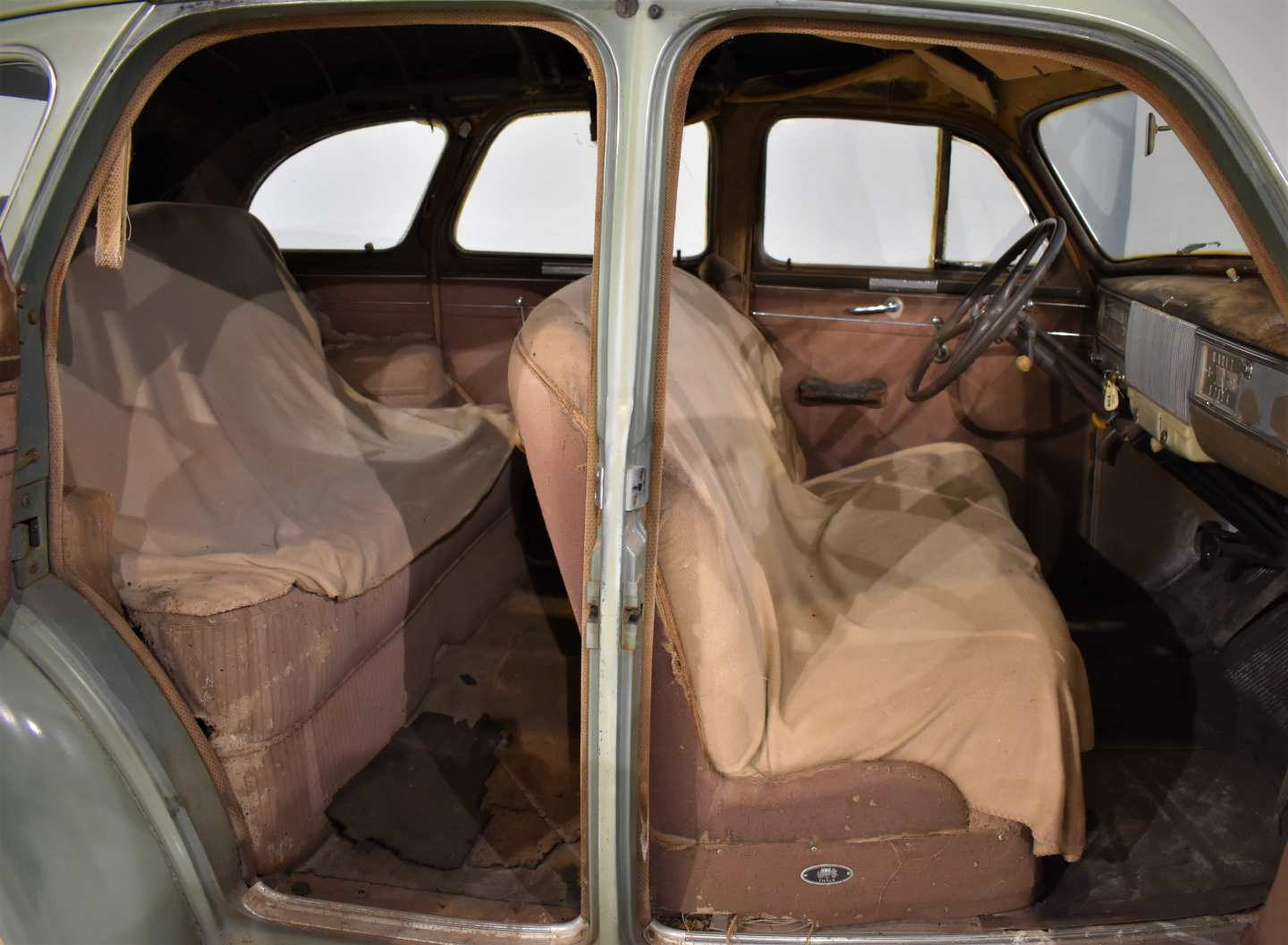 10th Image of a 1940 OLDSMOBILE 60 SERIES