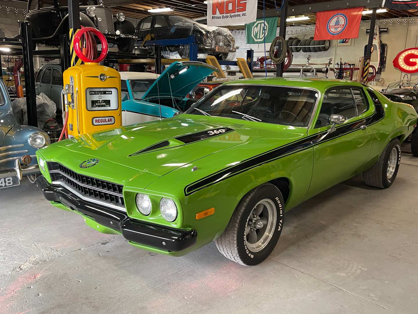 5th Image of a 1973 PLYMOUTH ROADRUNNER