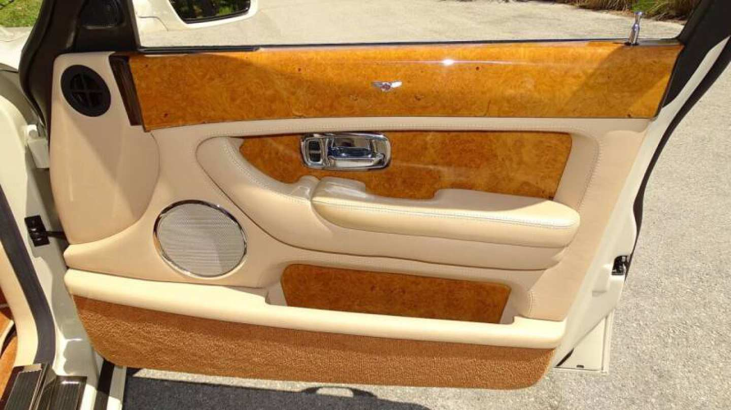 45th Image of a 2006 BENTLEY ARNAGE R