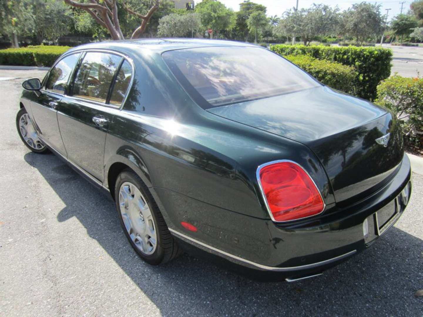4th Image of a 2009 BENTLEY CONTINENTAL FLYING SPUR