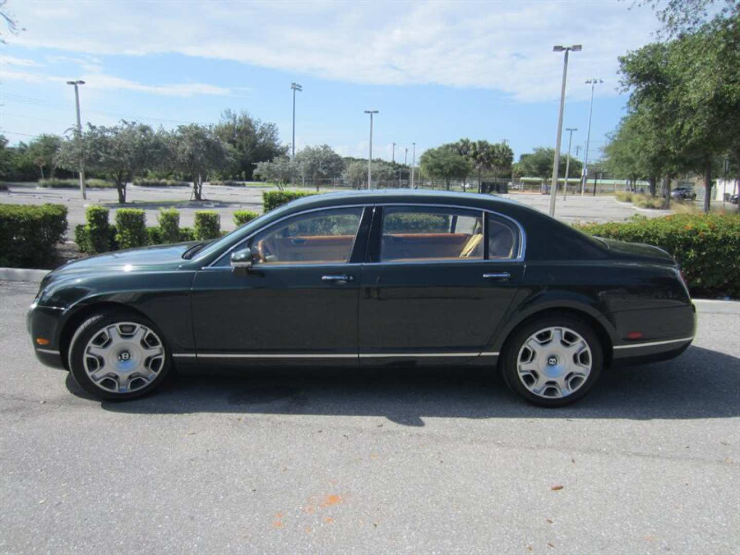 9th Image of a 2009 BENTLEY CONTINENTAL FLYING SPUR