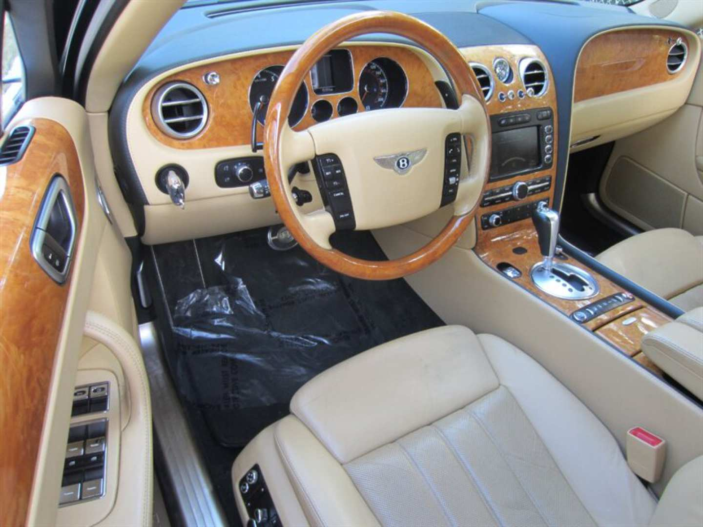 10th Image of a 2009 BENTLEY CONTINENTAL FLYING SPUR