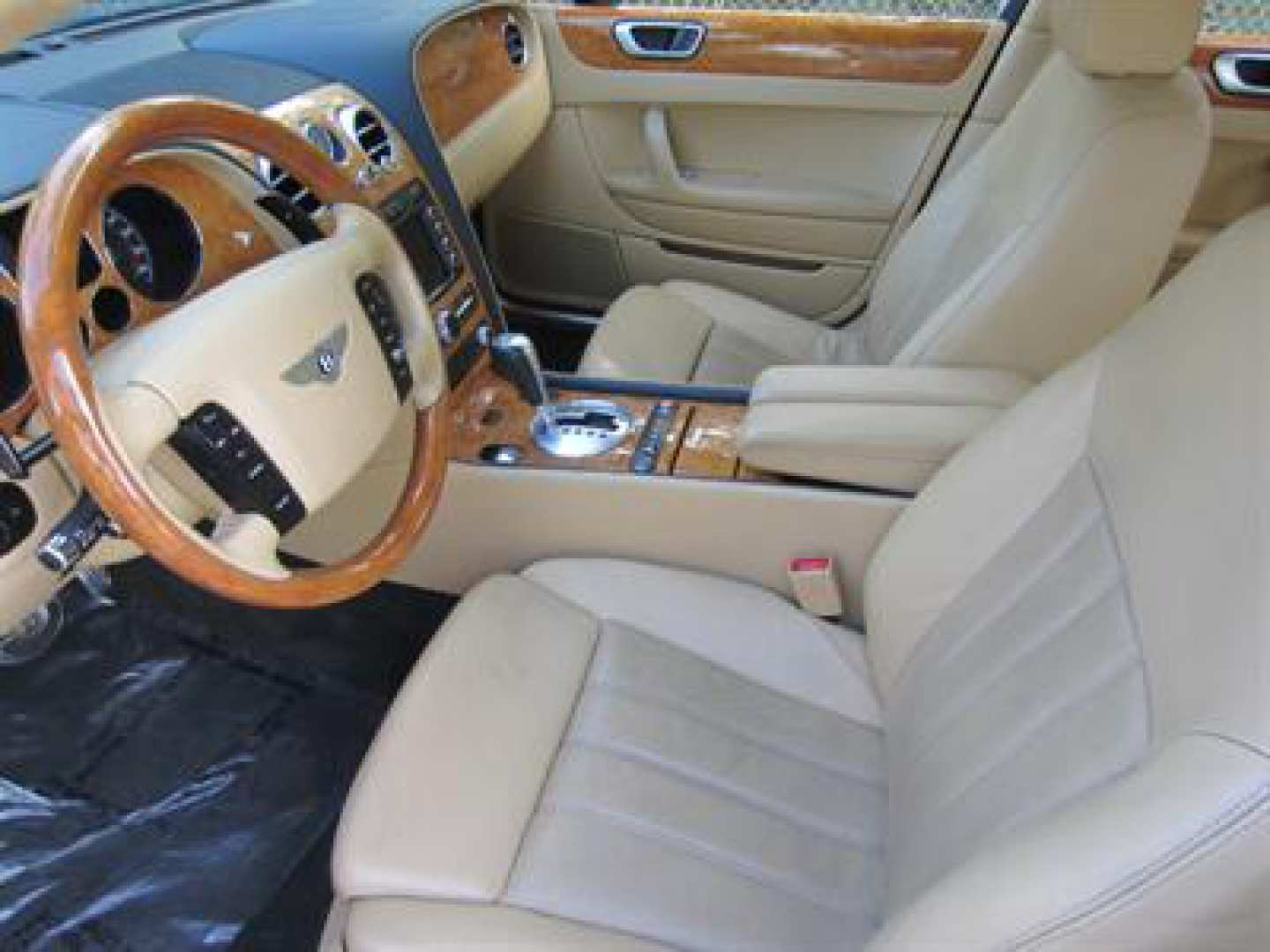 12th Image of a 2009 BENTLEY CONTINENTAL FLYING SPUR