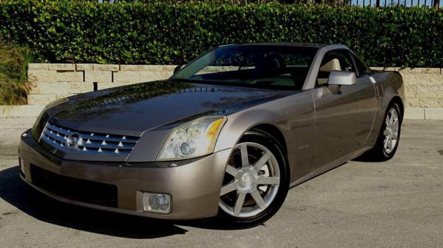 7th Image of a 2004 CADILLAC XLR ROADSTER