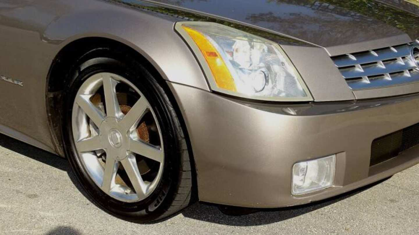 13th Image of a 2004 CADILLAC XLR ROADSTER