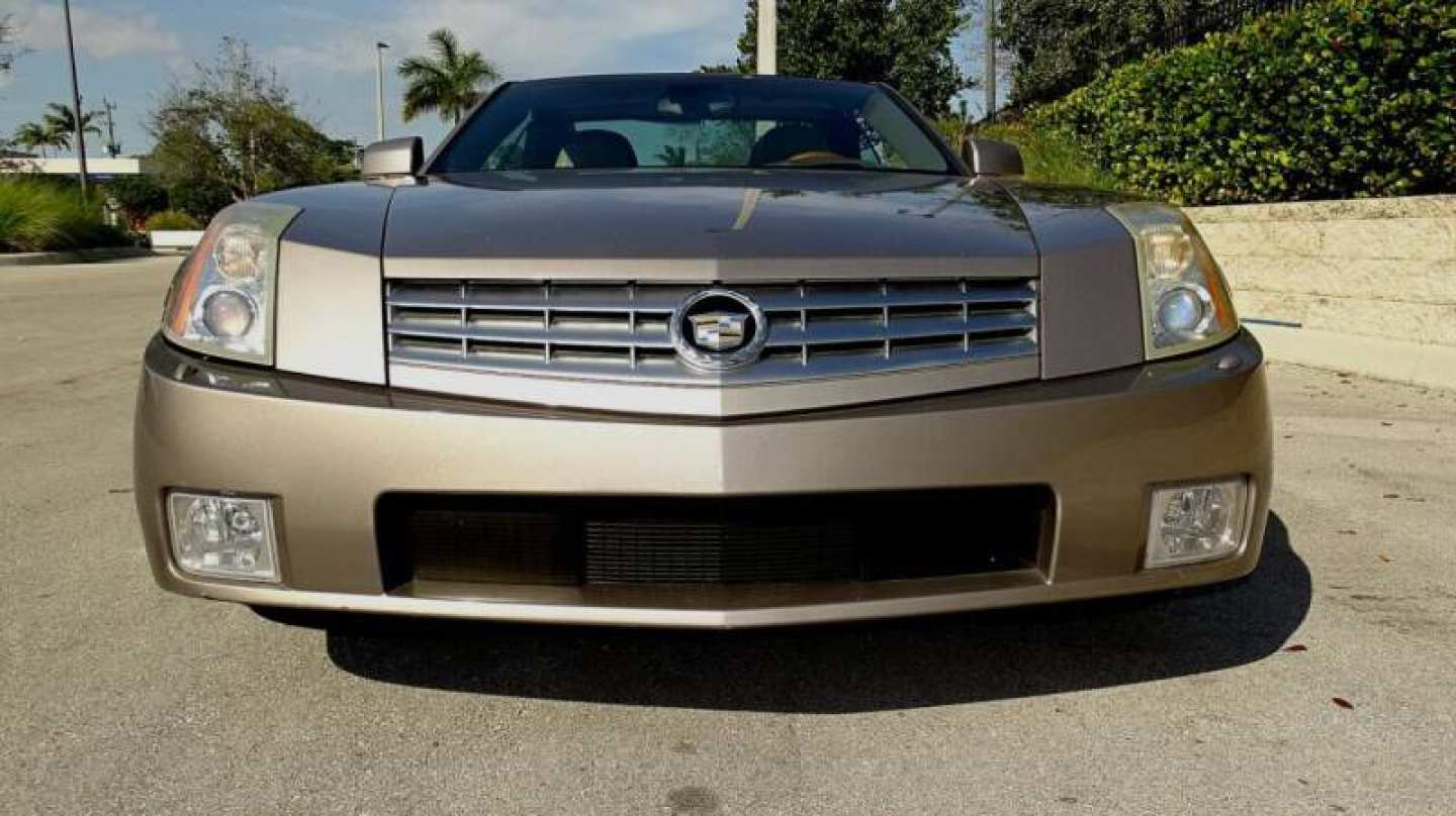 14th Image of a 2004 CADILLAC XLR ROADSTER
