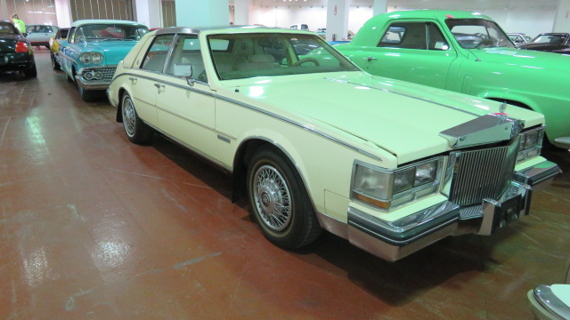 2nd Image of a 1983 CADILLAC SEVILLE