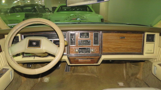 4th Image of a 1983 CADILLAC SEVILLE