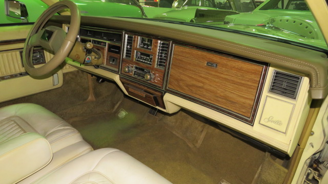 8th Image of a 1983 CADILLAC SEVILLE