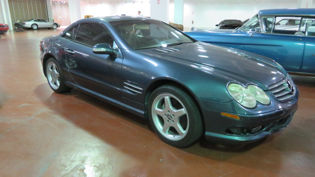 2nd Image of a 2003 MERCEDES-BENZ SL500