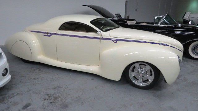3rd Image of a 1939 LINCOLN ZEPHYR