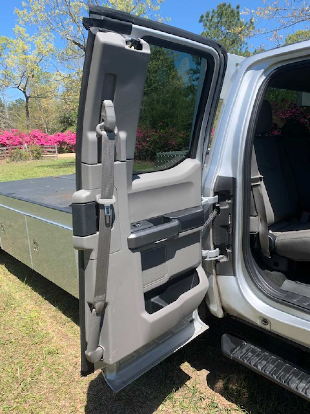 7th Image of a 2017 FORD F-550 F SUPER DUTY