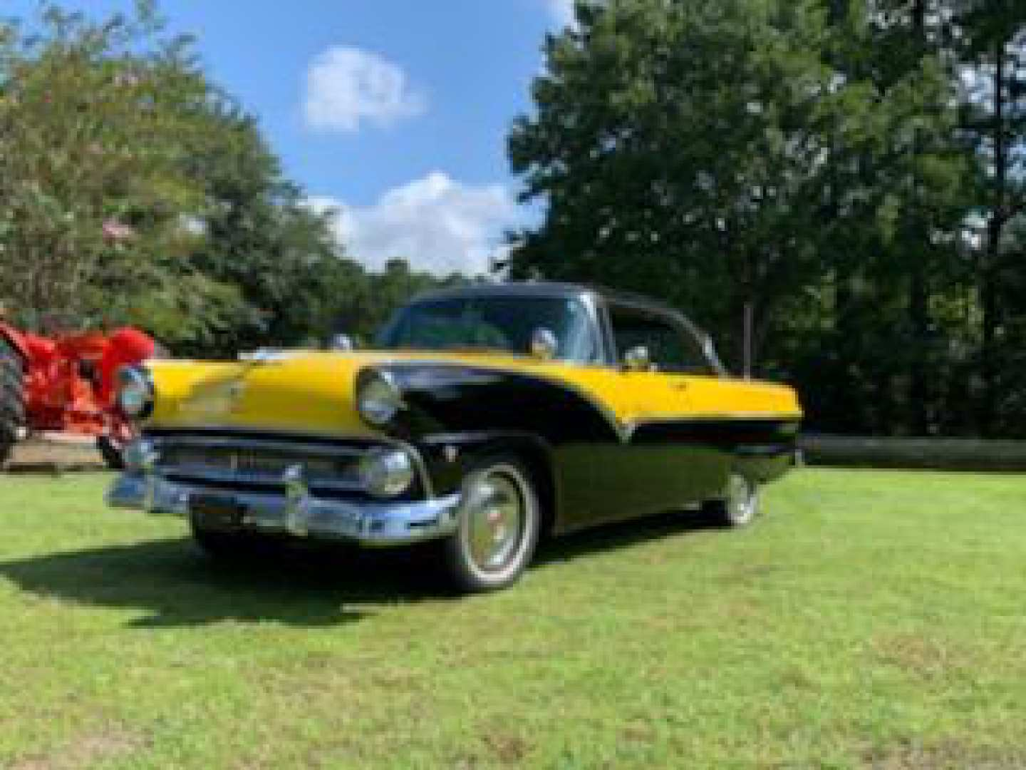2nd Image of a 1955 FORD VICTORIA