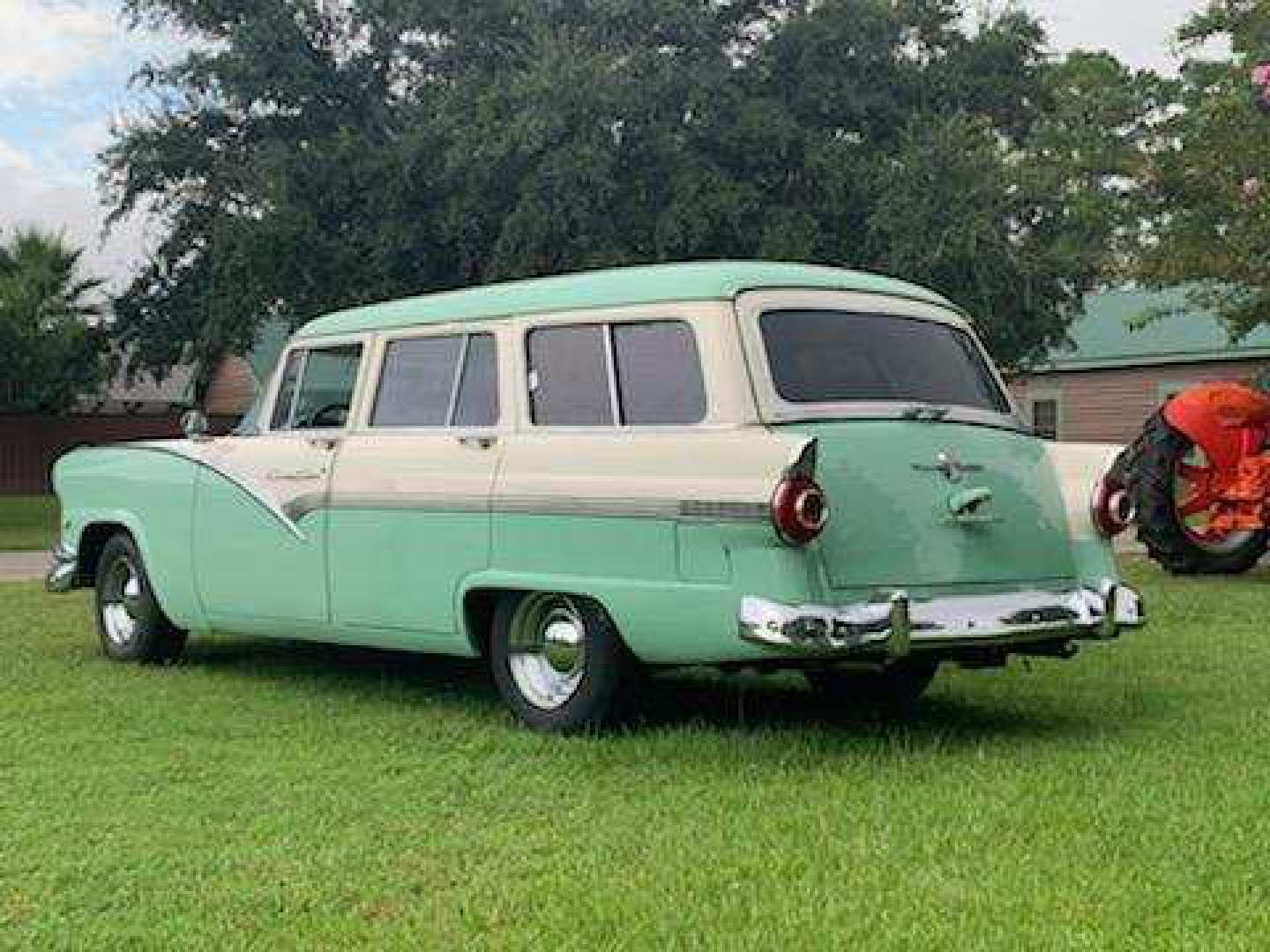 2nd Image of a 1956 FORD COUNTRY SEDAN