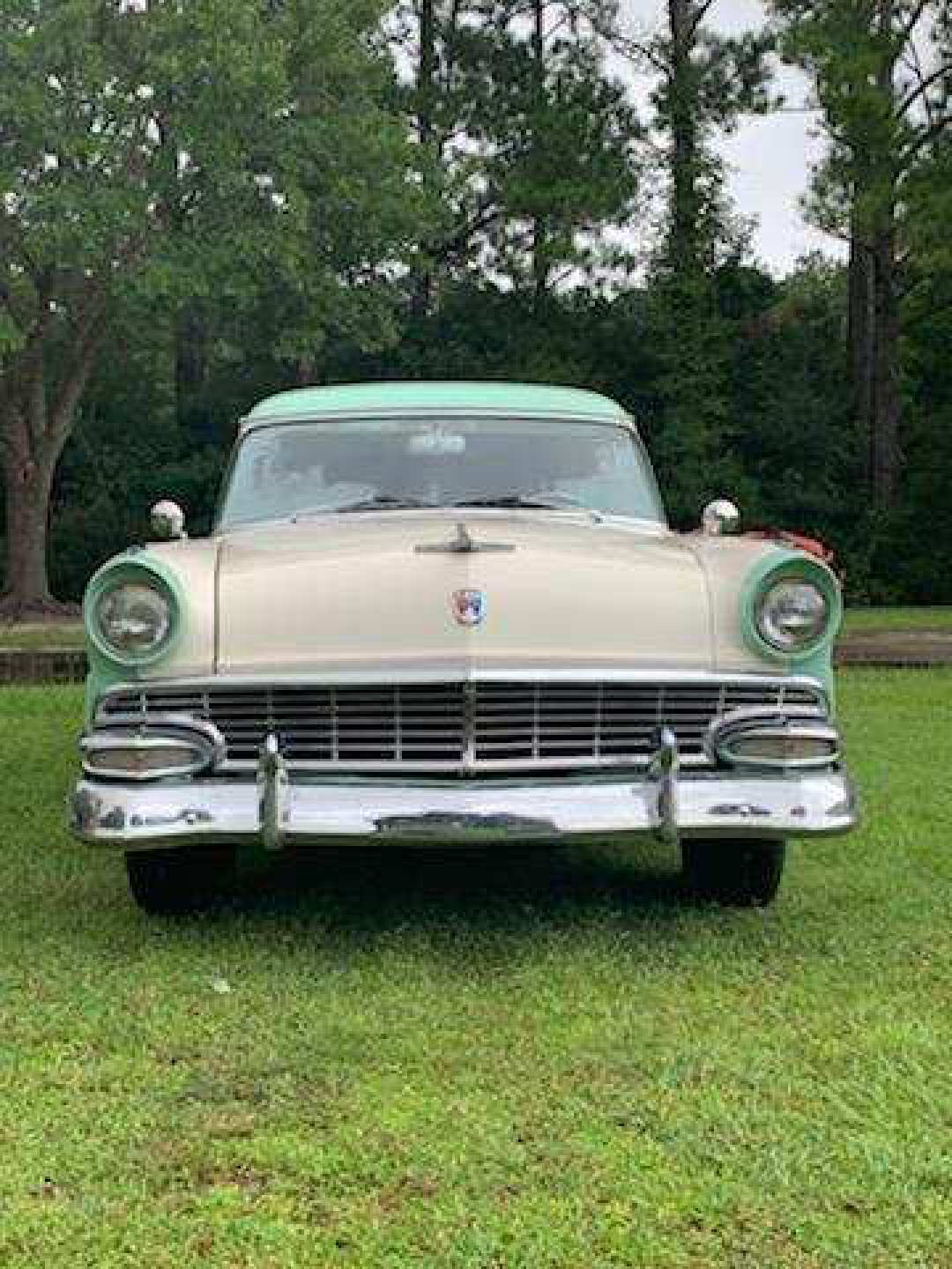 5th Image of a 1956 FORD COUNTRY SEDAN