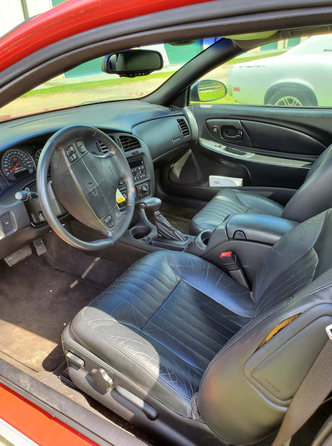 7th Image of a 2003 CHEVROLET MONTE CARLO SS