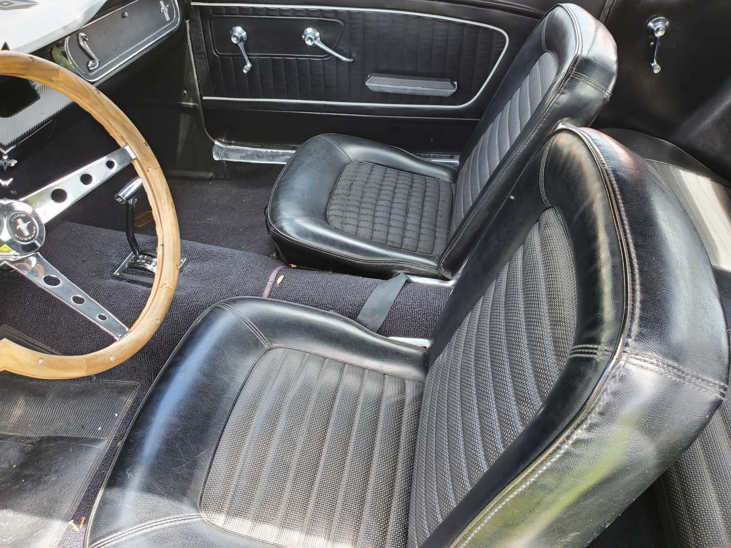 6th Image of a 1965 FORD MUSTANG