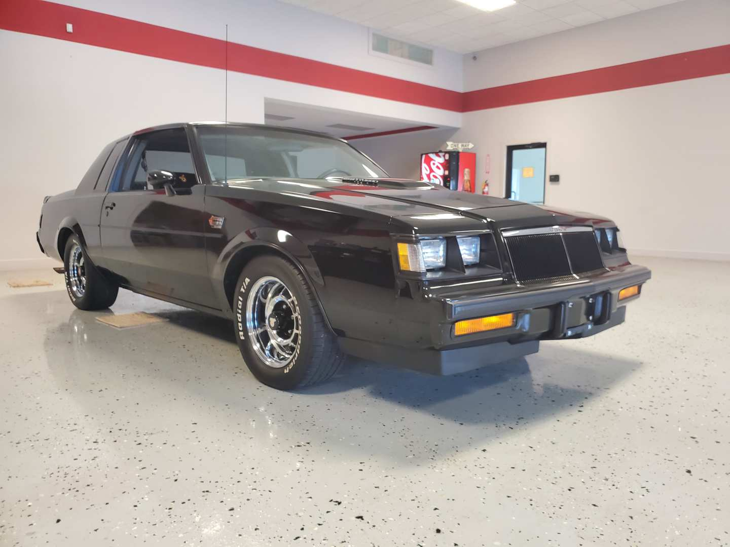 2nd Image of a 1986 BUICK REGAL T TYPE
