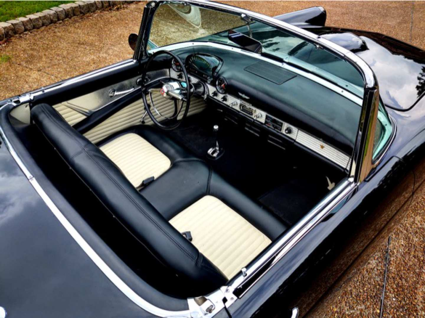 12th Image of a 1955 FORD THUNDERBIRD