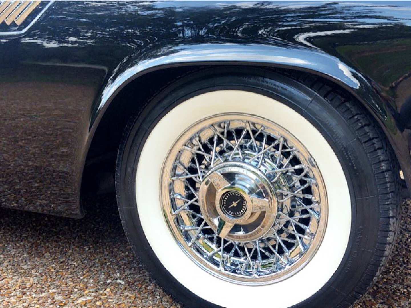 17th Image of a 1955 FORD THUNDERBIRD