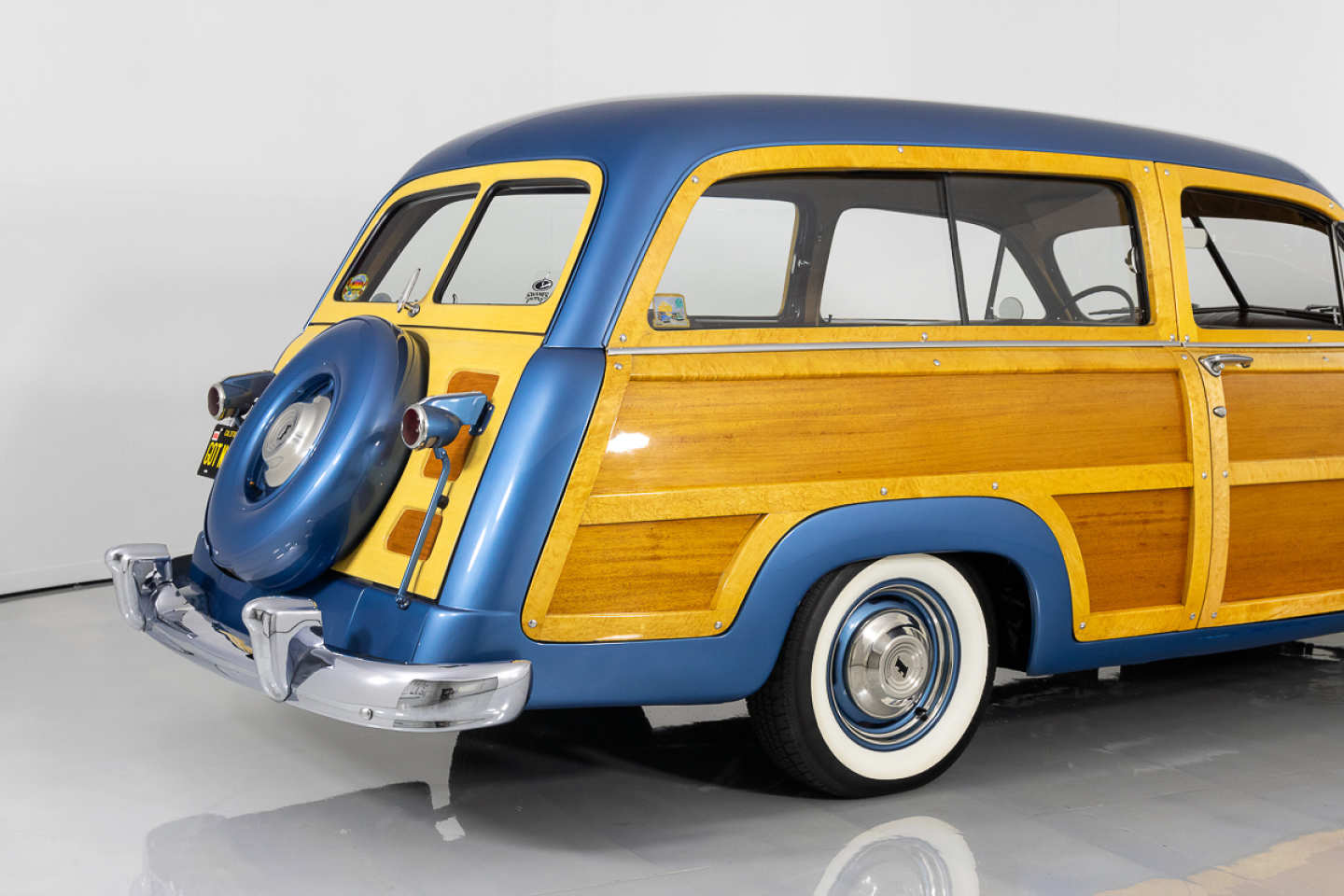 7th Image of a 1951 FORD COUNTRY SQUIRE