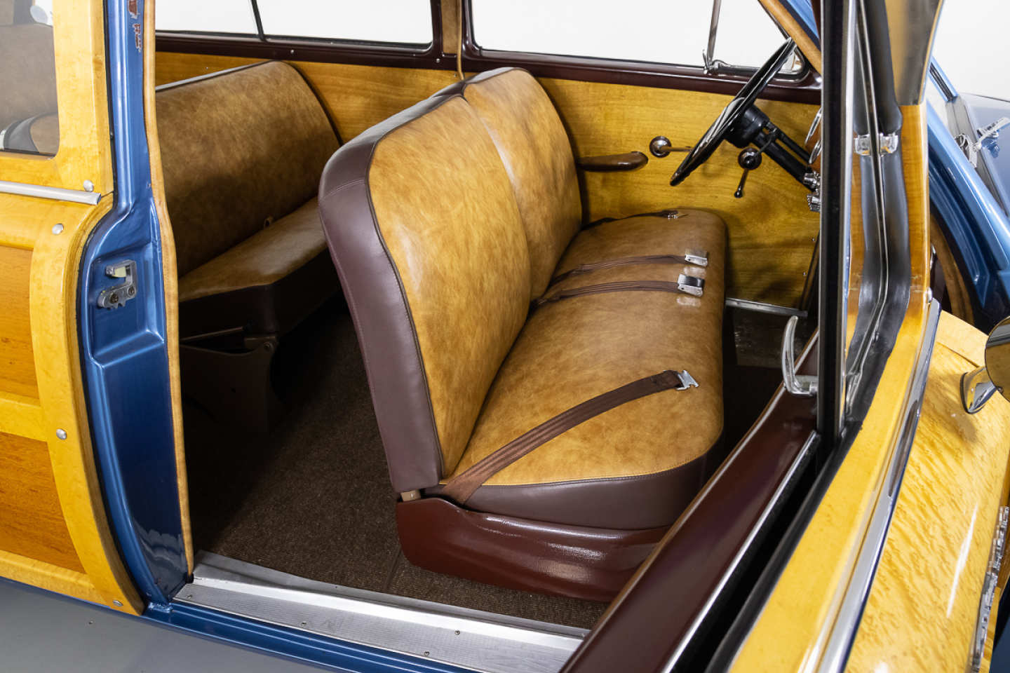 13th Image of a 1951 FORD COUNTRY SQUIRE