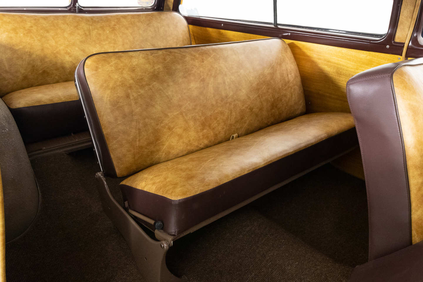 14th Image of a 1951 FORD COUNTRY SQUIRE