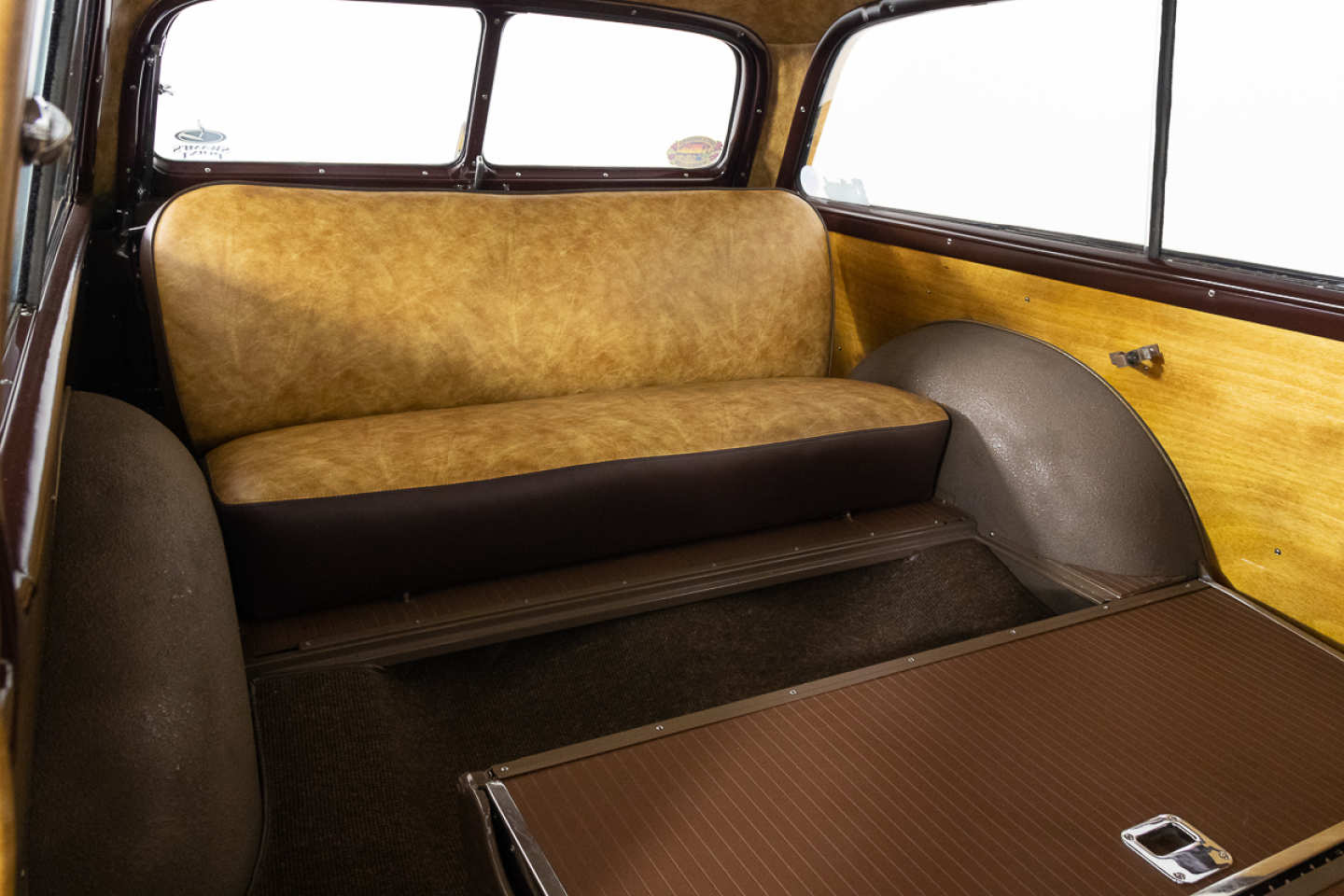 15th Image of a 1951 FORD COUNTRY SQUIRE