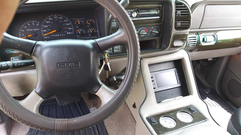 11th Image of a 1999 GMC SUBURBAN K2500