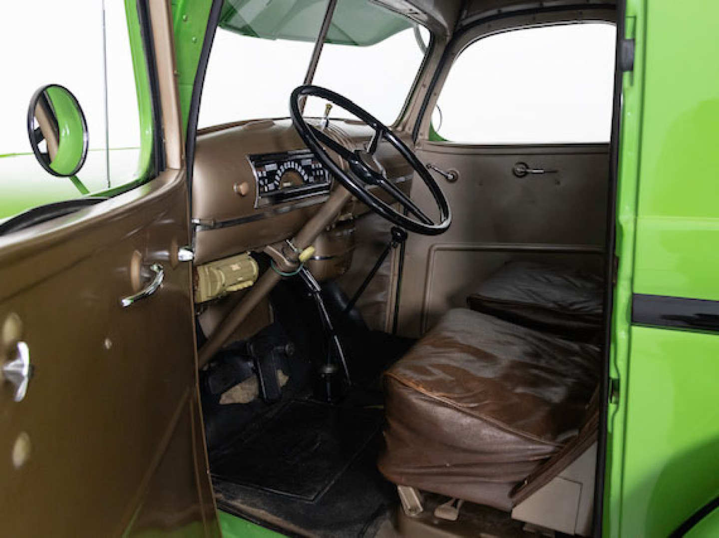 5th Image of a 1946 CHEVROLET PANEL TRUCK