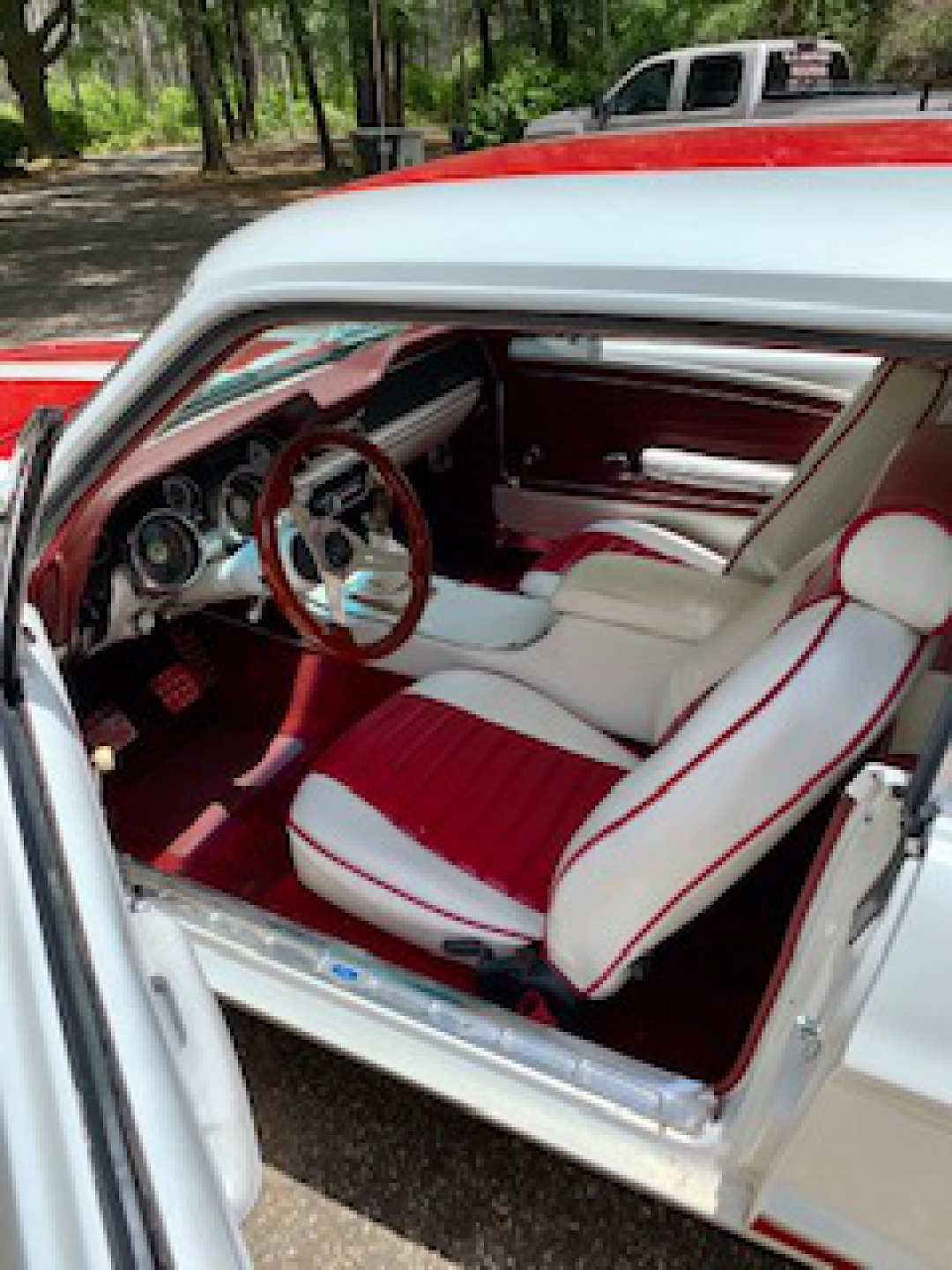 4th Image of a 1968 FORD MUSTANG