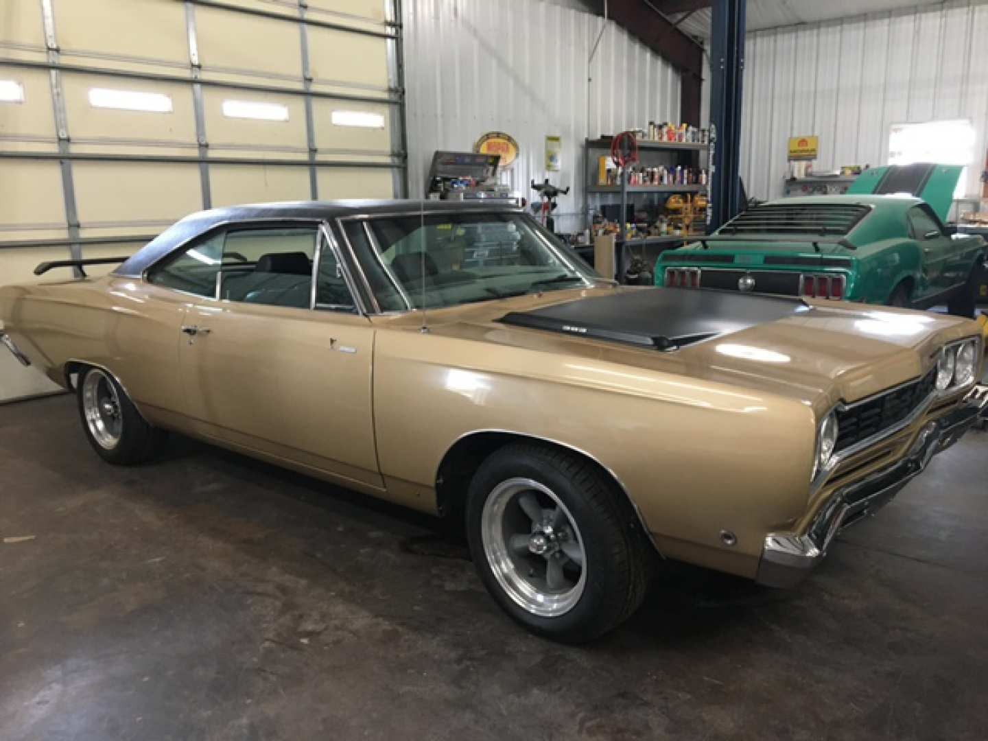 7th Image of a 1968 PLYMOUTH ROADRUNNER