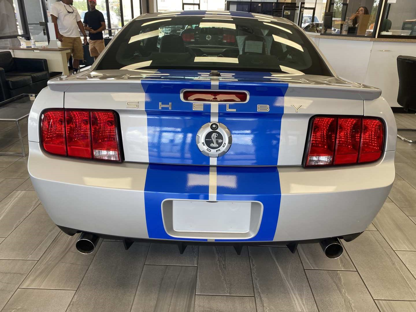 3rd Image of a 2008 FORD MUSTANG SHELBY GT500