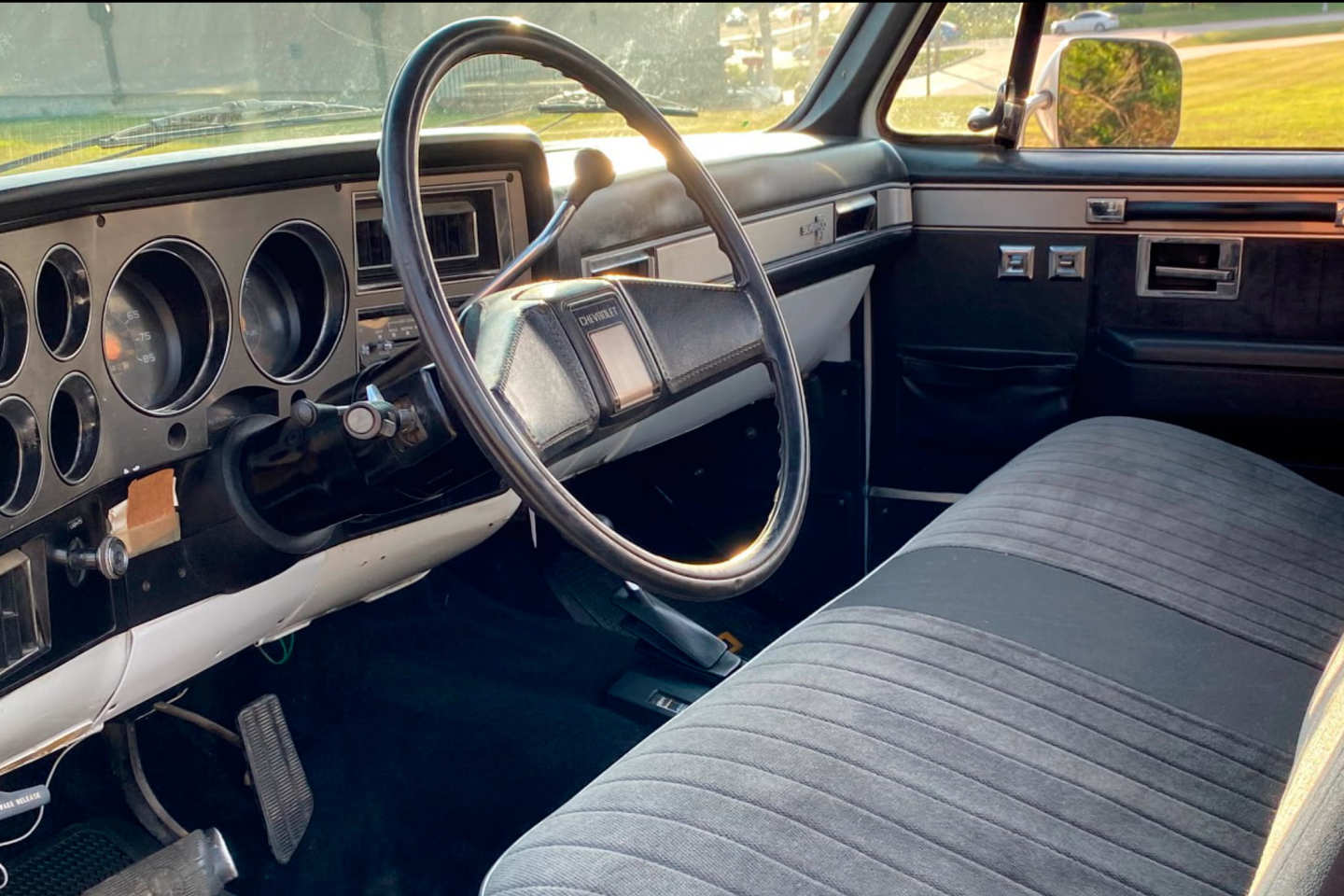 15th Image of a 1985 CHEVROLET K10