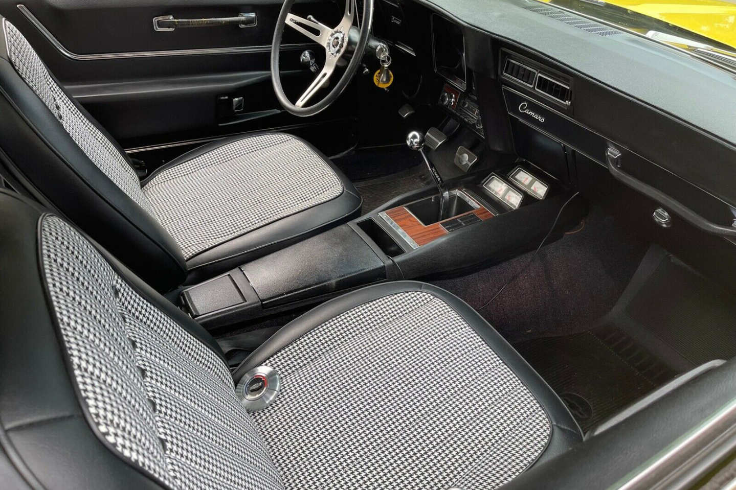 11th Image of a 1969 CHEVROLET CAMARO SS