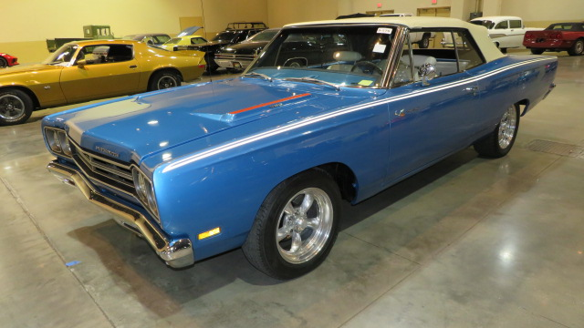 2nd Image of a 1969 PLYMOUTH ROADRUNNER