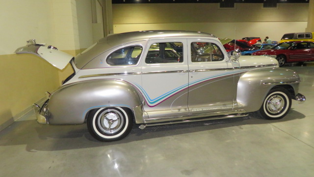 2nd Image of a 1948 PLYMOUTH SUPER DELUXE