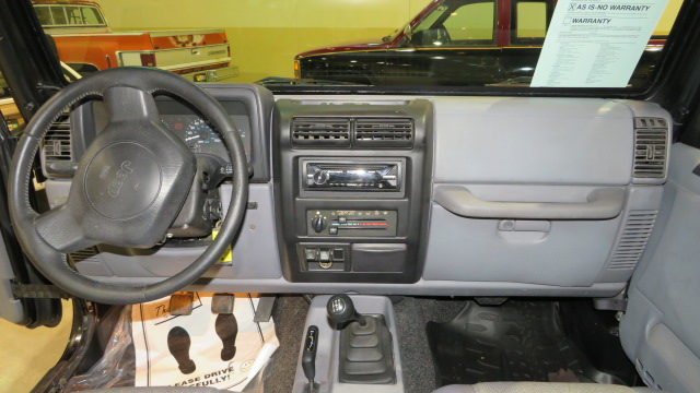 5th Image of a 1997 JEEP WRANGLER SPORT