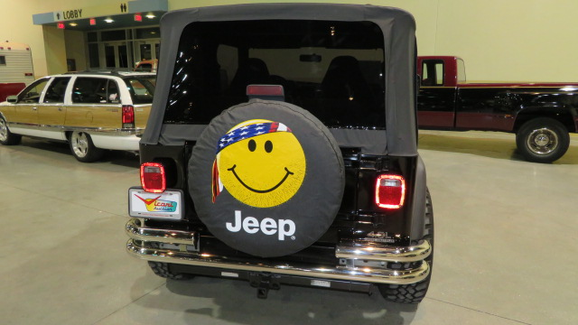 13th Image of a 1997 JEEP WRANGLER SPORT