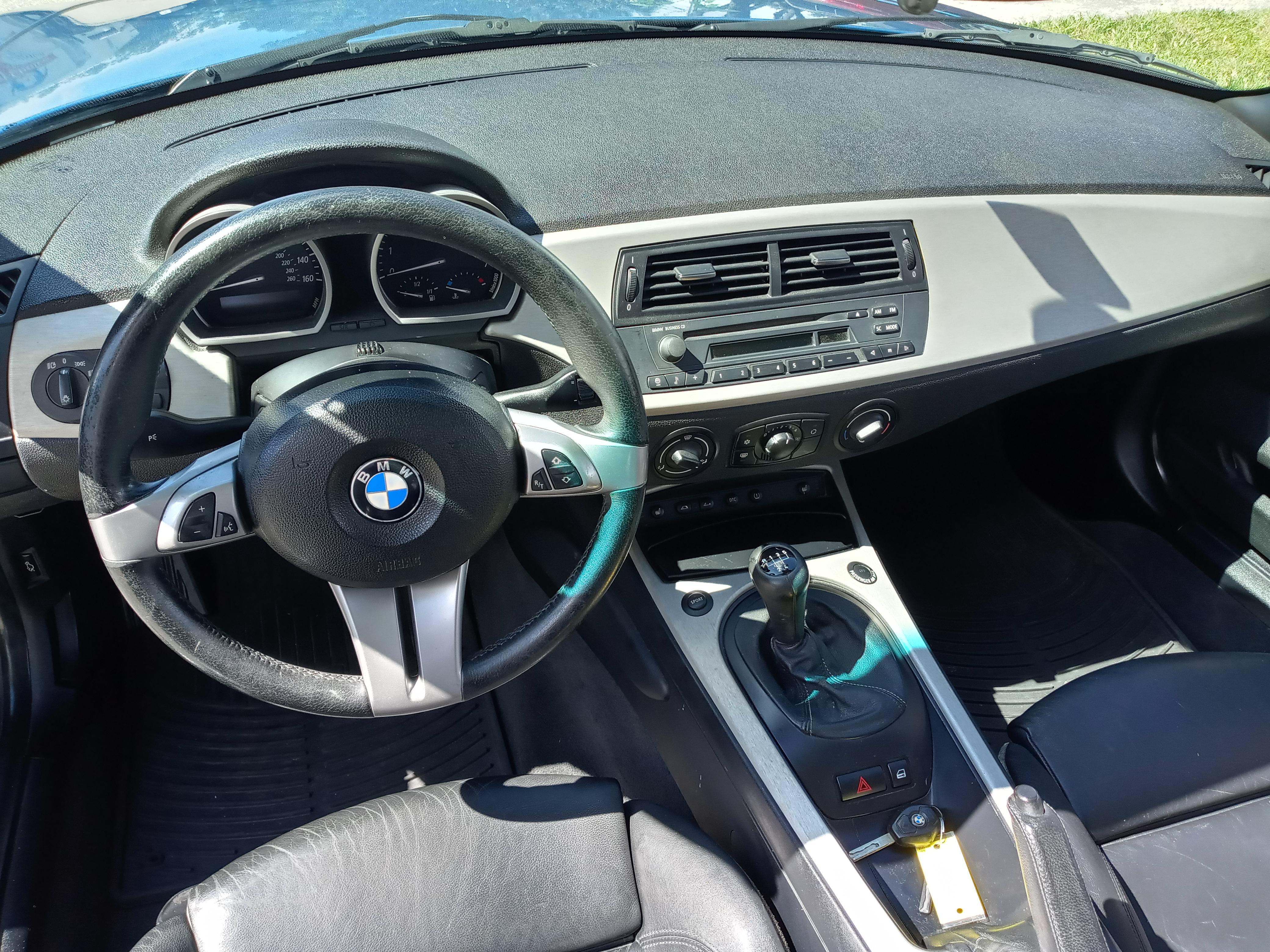 9th Image of a 2005 BMW Z4 2.5I