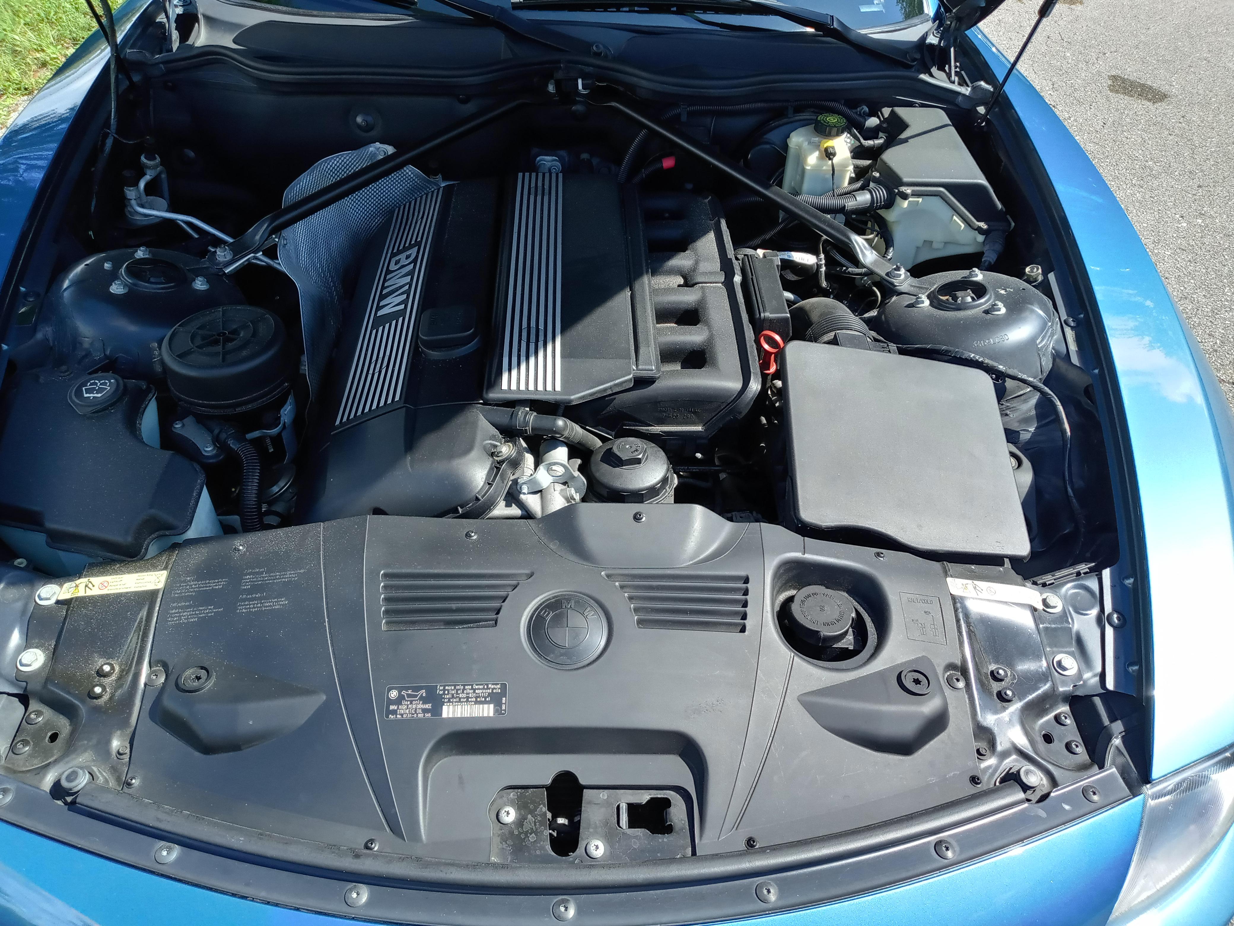 19th Image of a 2005 BMW Z4 2.5I